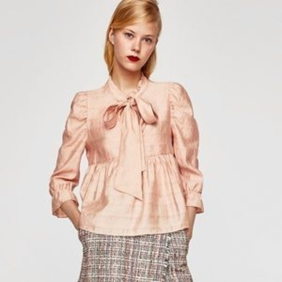 f6d36b6b667157 Zara voluminous top with a bow in blush